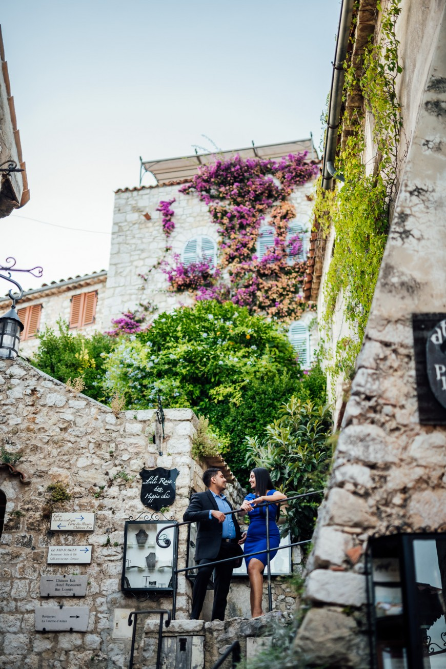 surprise proposal photographer in Eze (15)